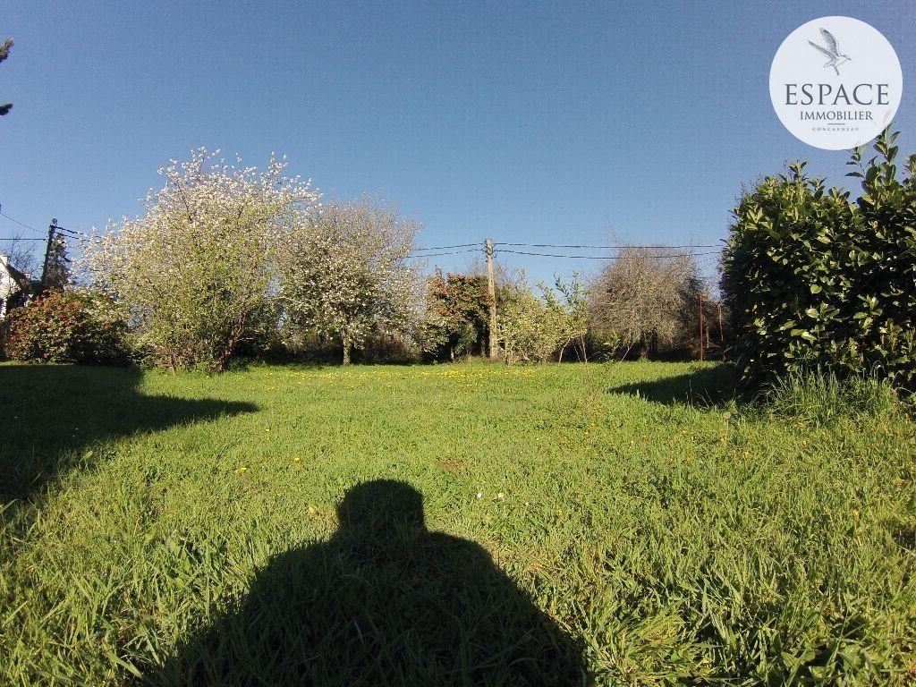 À vendre à Concarneau terrain hors lotissement de 745 m�...