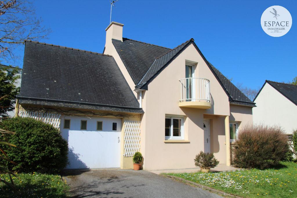 A vendre Maison contemporaine Concarneau Centre-ville et p...