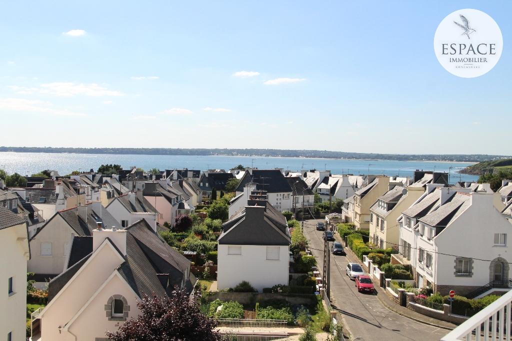 À vendre à Concarneau appartement 3 pièces avec vue mer...