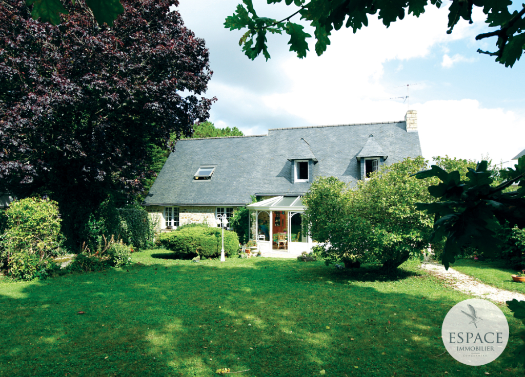 À vendre à Concarneau maison de 160 m²  avec la plage a...