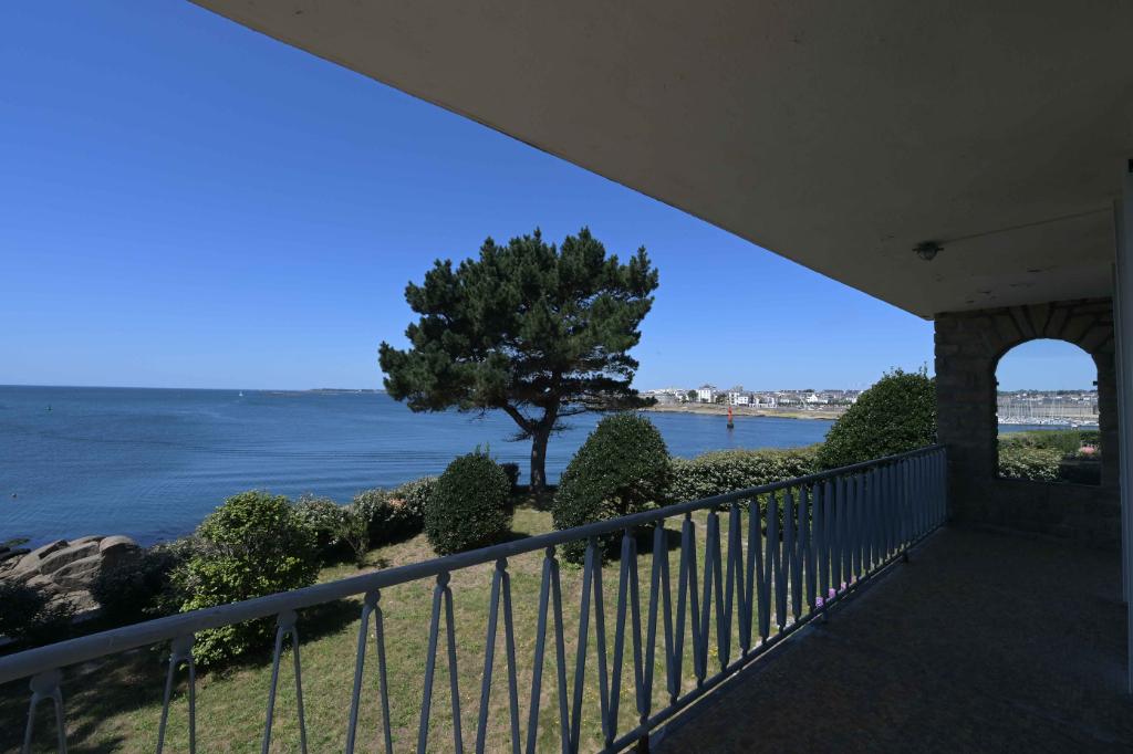 A vendre à Concarneau maison avec une vue panoramique sur...